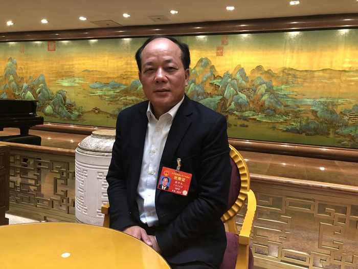 """蔡仲光代表:建议建立""""坏账基金""""支持民营银行发展"""